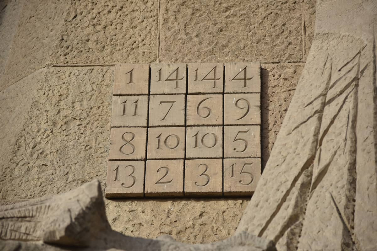 Magic square on La Sagrada Família