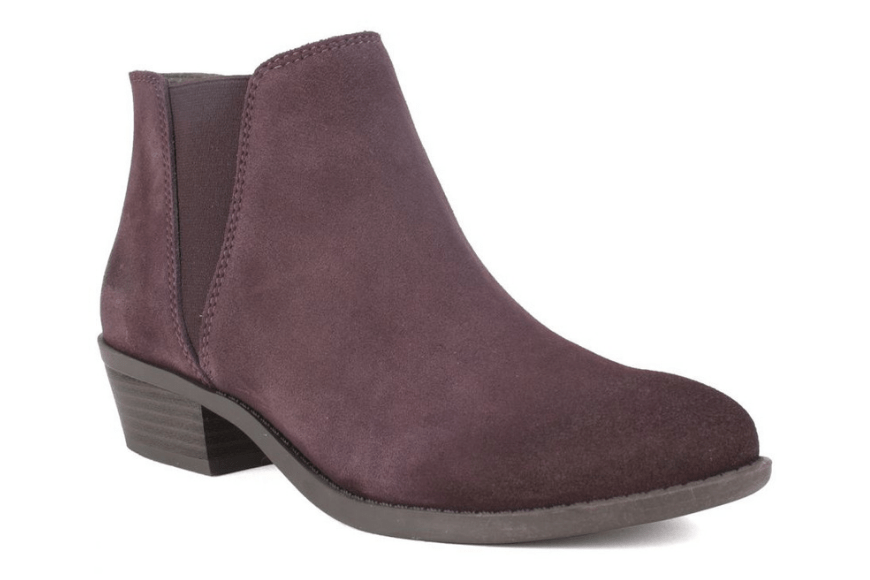 White mountain dalby suede bootie.